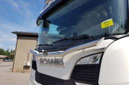 Scania tuulilasiputki 595€